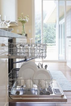 10 Amazingly Easy Cleaning Tips