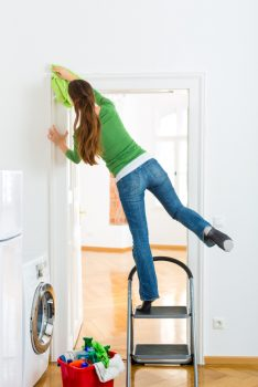10 Ways to Quickly Clean Your Home