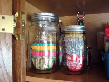 12 Incredible Tips for a Tidy Pantry3