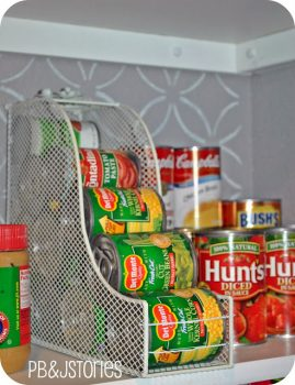 12 Incredible Tips for a Tidy Pantry9