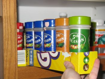 10 Beyond Clever Ways to Organize with Cereal Boxes4