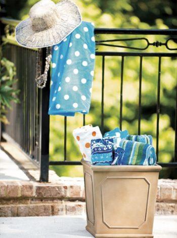 Backyard organization, organization tips, popular pin, DIY backyard organization, outdoor living, outdoor organization.