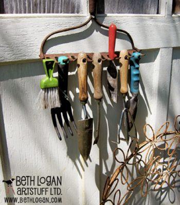 12 Unique Ways to Organize Your Backyard
