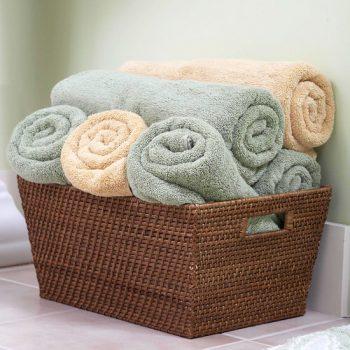 10 Ways Baskets Organize Everything8