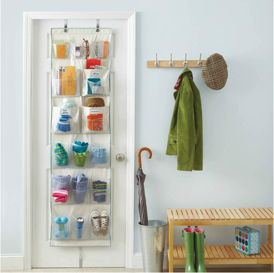 15-ways-to-organize-a-small-bedroom